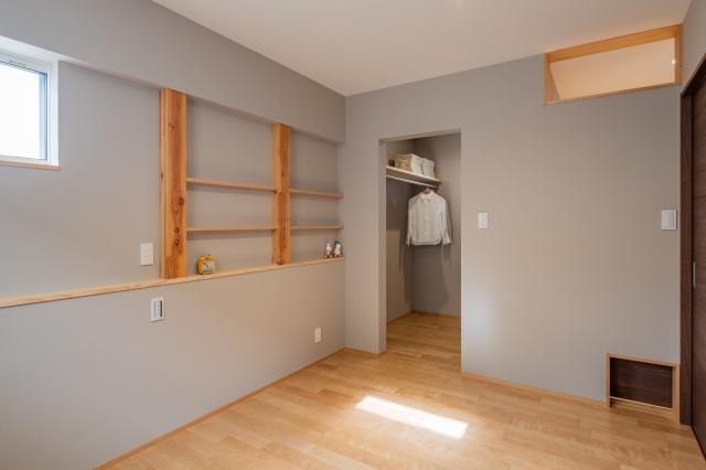 寝室の造作棚