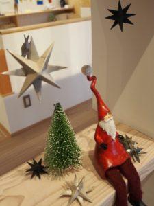 クリスマス飾りは手作りオーナメント
