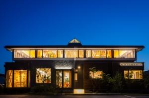 新潟営業所新社屋の夜景