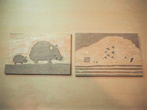木版画でイノシシ親子の年賀状作り