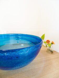 琉球ガラスの造作洗面化粧台