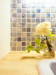 タイルの造作洗面化粧台