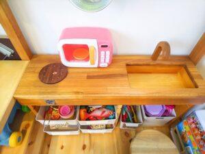 DIYで作った木のおうち&キッチン