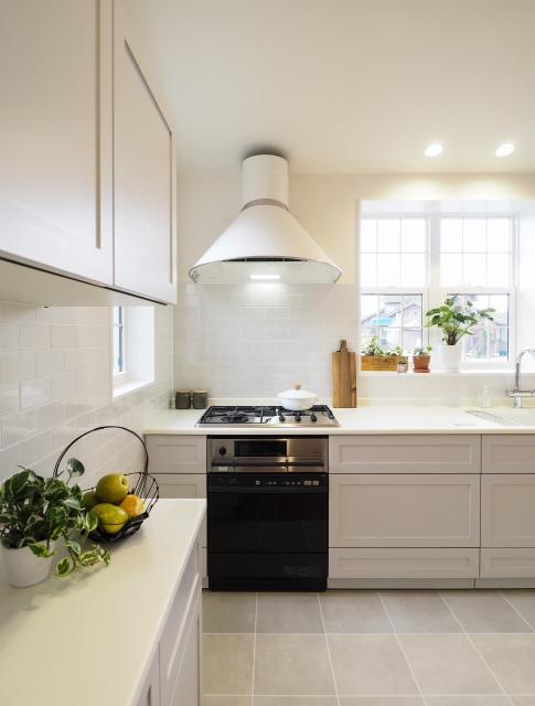 オリジナル塗装の可愛いキッチン