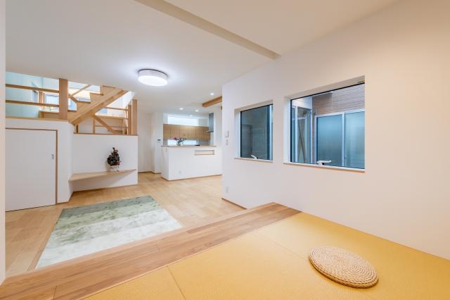 小上がり畳とスキップフロアの家