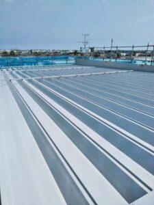 遮熱塗料塗布後の屋根アフター画像